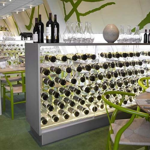 Vinskab i glas