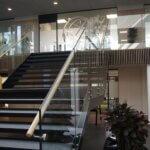 Glasværn til trappe