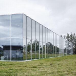 facade med glas