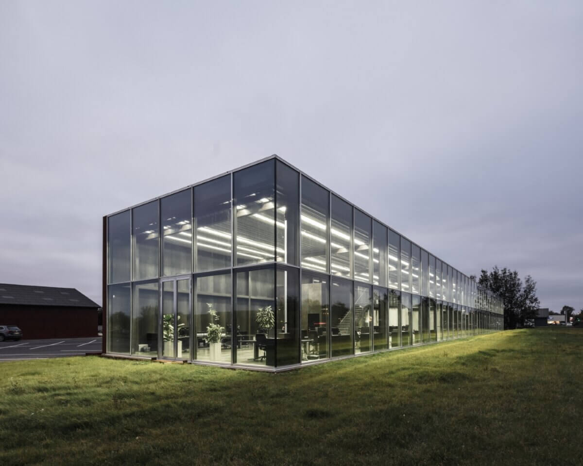 HB Trapper glasfacade aften