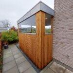 Læværn terrasse med glas